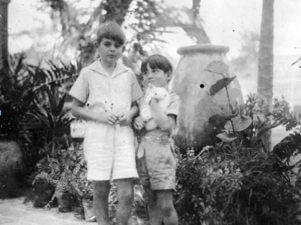 Ernest Hemingways sons, Patrick and Gregory, in Cuba