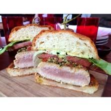http://instagram.com/p/ux_msXjNfT/?modal=true Albacore tuna burger with Meyer lemon aioli, provençal, heirloom tomato, butter lettuce on brioche #lunchbell #yum 😍247 likes