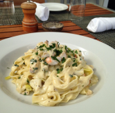 http://instagram.com/p/weSgaeByde/?modal=true House-made fettuccine with fresh local lobster, leeks, cream, parmigiano & fresh parsley! #lunchbell #lobster #eatlocal #fettuccine #grandcayman #caymanislands @chefprudent33 @cheftonyrozario 43 likes