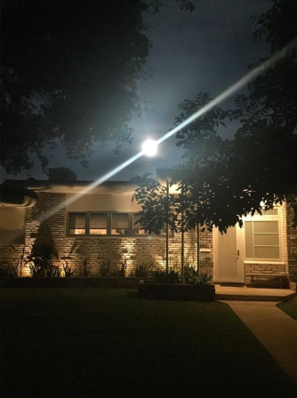 Supermoon over the Schwartz home (photo: Tamara Schwartz)